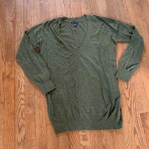 GAP  V-neck  cotton cashmere blend sweater